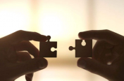 如何快速建立自己的信任体系,与客户达成成交?
